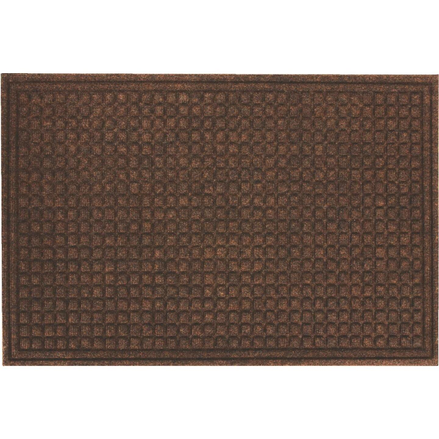 Apache Textures Walnut 24 In. x 36 In. Carpet/Recycled Rubber Door Mat Image 1