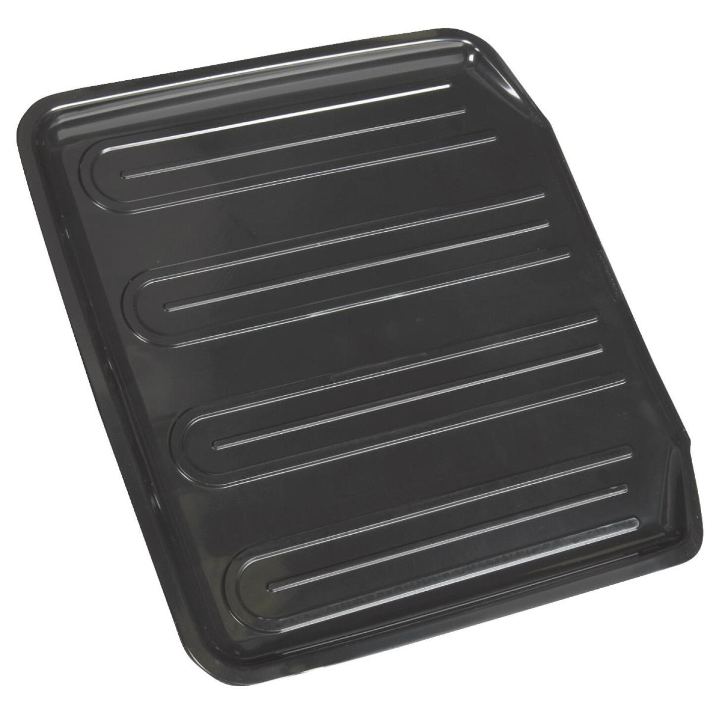 Rubbermaid 14.38 In. x 15.38 In. Black Sloped Drainer Tray Image 2